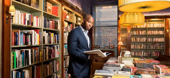 Ta-Nehisi Coates in a book store